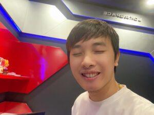 BLV Tùng Họa Mi đang phê ^^