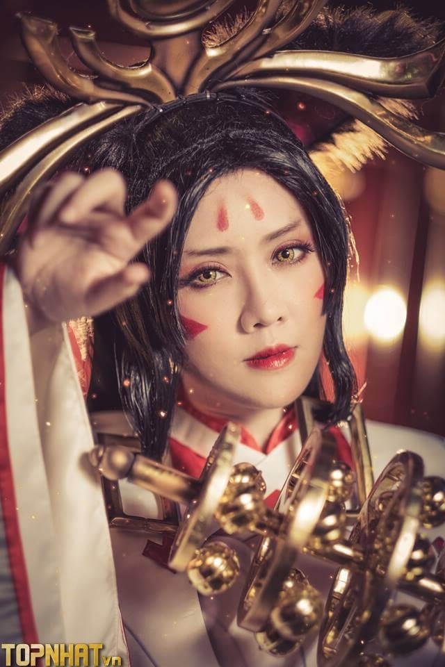Cận cảnh gương mặt cosplay Arum Vũ Khúc Long Hổ