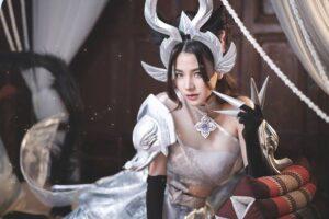 Cosplay Arum Linh Tượng Vu Nữ đẹp hút hồn