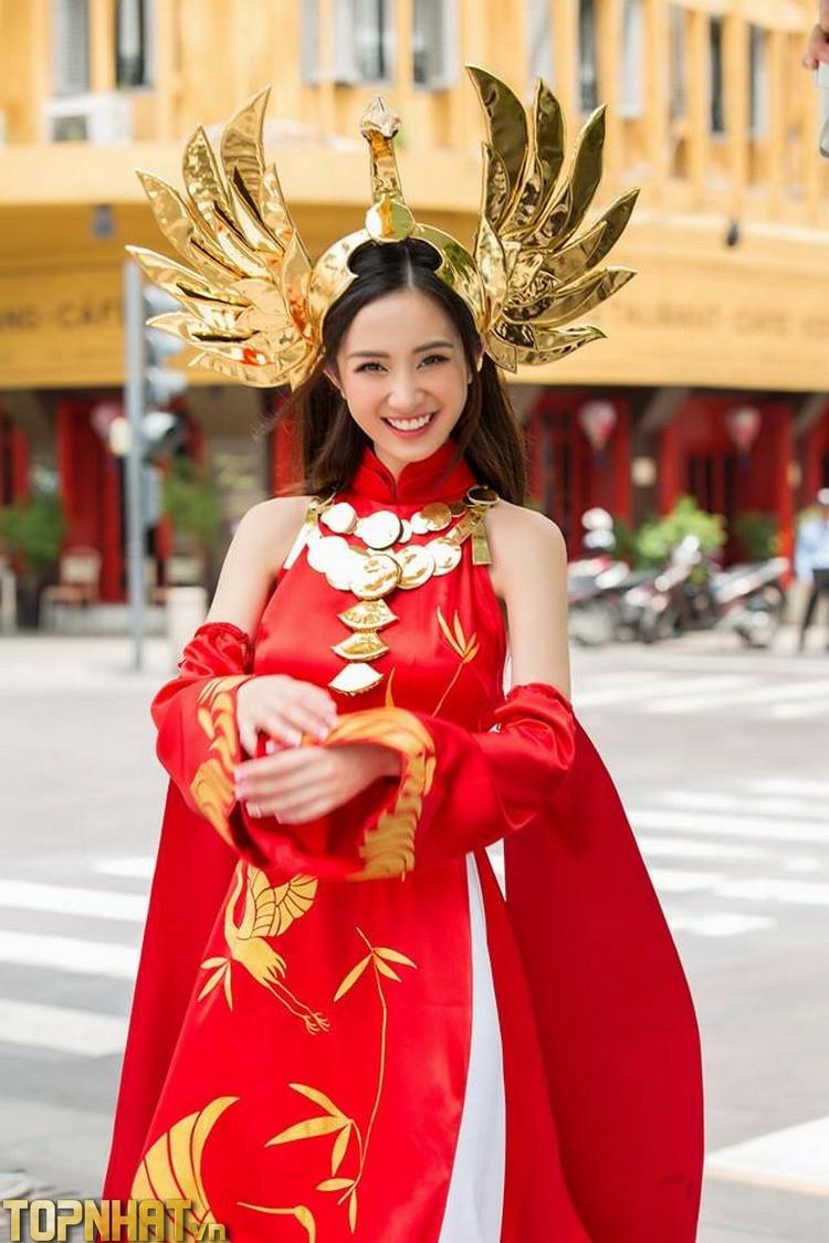 Cosplay Ilumia Thiên nữ áo dài của Jun Vũ tỏa sáng