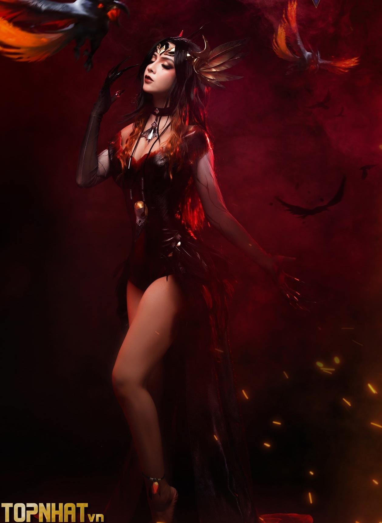 Cosplay Natalya Nghiệp Hỏa Yêu Hậu Liên Quân Ảnh 6