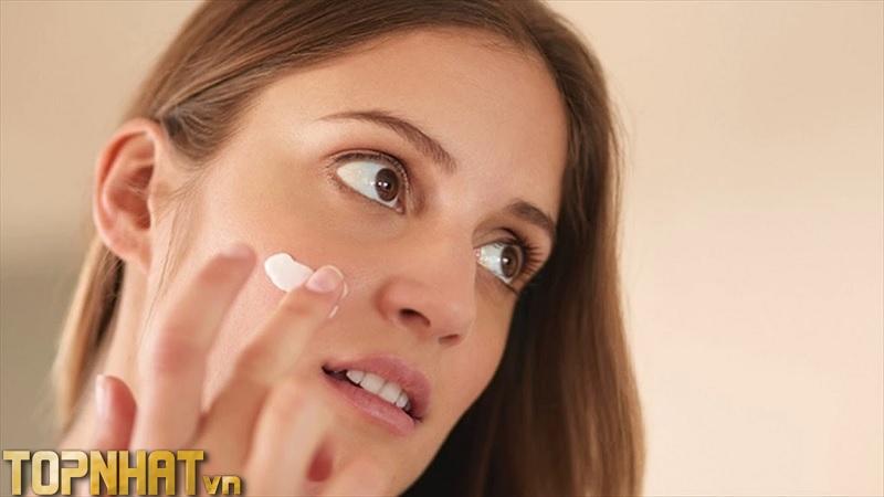 Kem đánh răng làm trắng da tại nhà