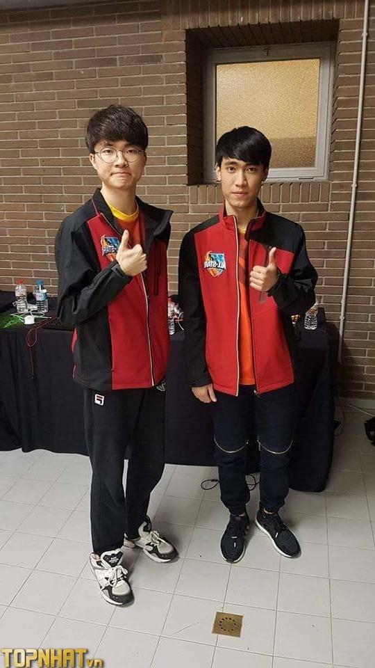 Levi (phải) và Faker (Trái) tại Allstars 2019