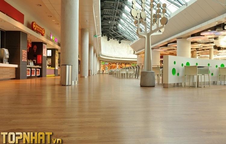 Sàn nhựa giả gỗ tại công ty Sàn Đẹp