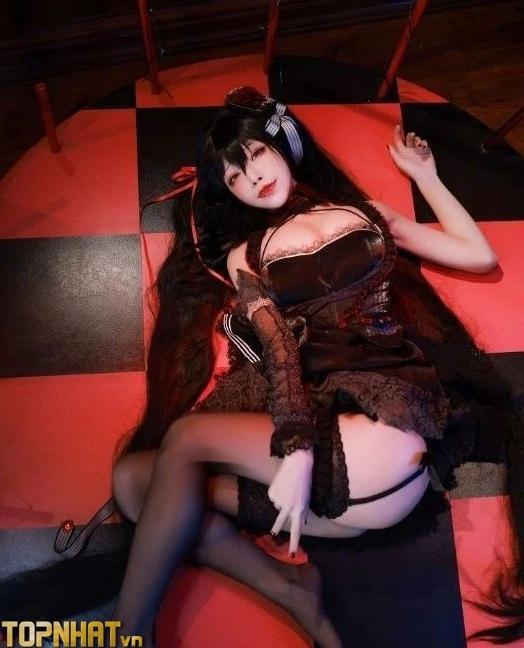 Cosplay Taihou Azur Lane cực sexy nóng bỏng - Ảnh 16