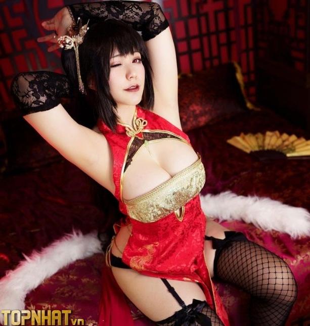 Cosplay Taihou Azur Lane cực sexy nóng bỏng - Ảnh 5