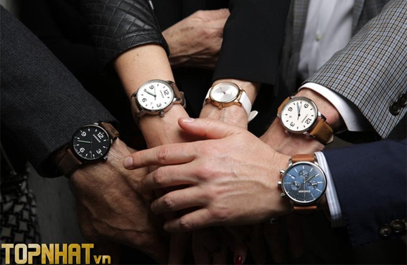 Đeo đồng hồ ở tay nào hoàn toàn không phụ thuộc vào giới tính