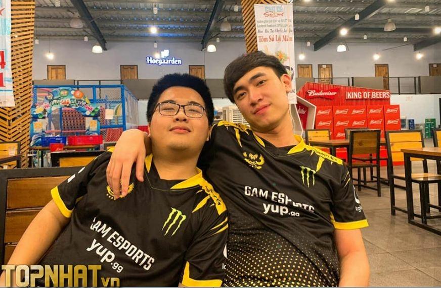 Dia1 và Levi trong màu áo của GAM