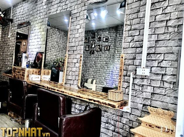 Giấy dán tường giả gạch trang trí tiệm tóc