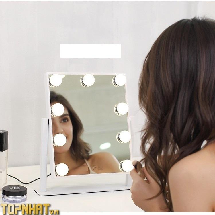 Gương Soi Cảm Ứng Có Đèn Để Bàn Trang Điểm