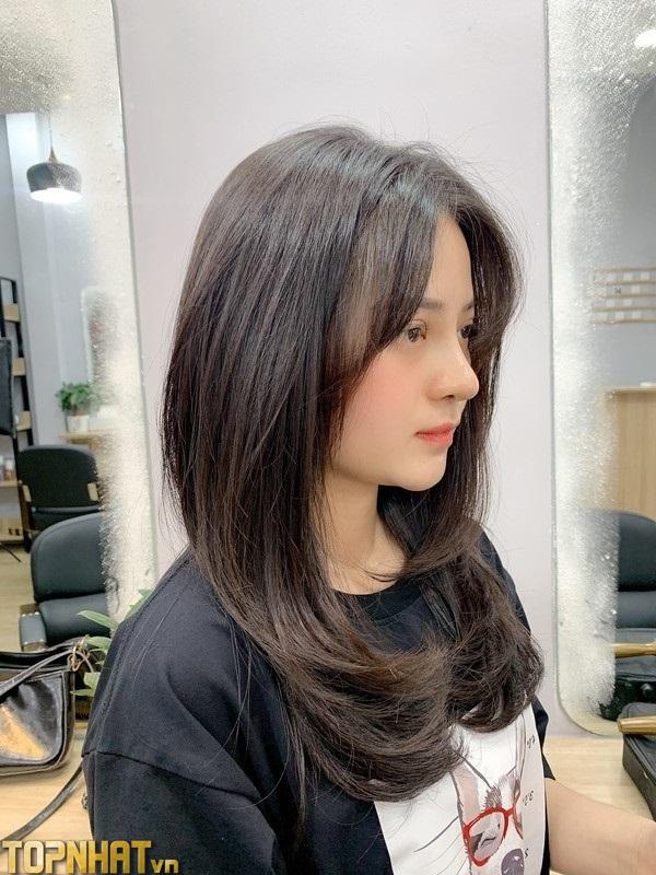 Kiểu tóc layer duỗi thẳng