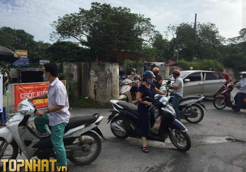 Lối đi cảng Hà Nội đang có chốt kiểm dịch