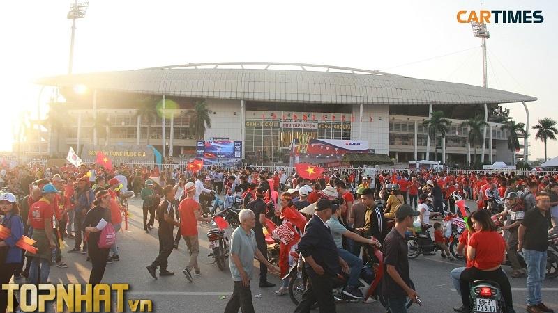 Sân vận động Mỹ Đình náo nhiệt dịp AFF Cup